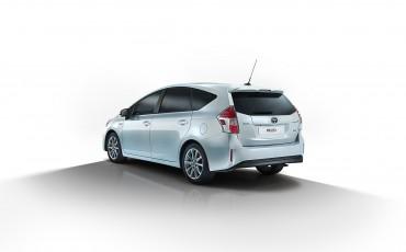 2-Toyota-PriusPlus