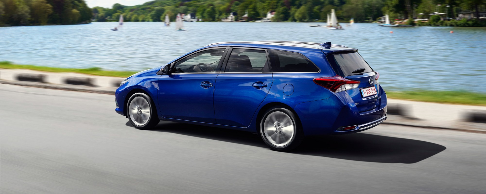 Grote beschikbaarheid Toyota Auris hybride stationwagon