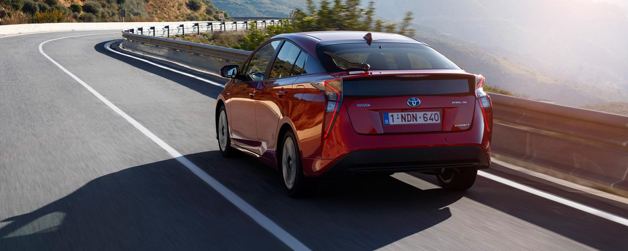 Nieuwe Toyota Prius kent met 100.000 verkopen zeer succesvolle start in Japan