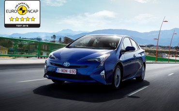 04-Toyota-Prius-Euro-NCAP