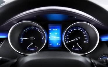 12-Vernieuwend-interieurdesign-voor-hybrid-design-statement-Toyota-C-HR-28062016