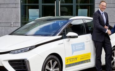 Netbeheerder Stedin gaat rijden in Fuel Cell aangedreven Toyota Mirai