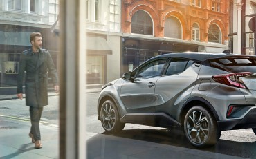 Take off Toyota C-HR supersuccesvol