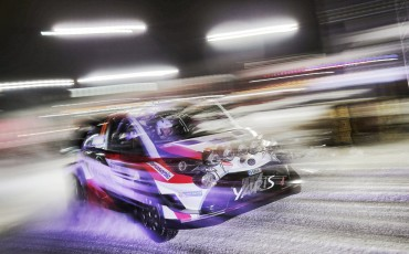 02-Toyota-Yaris-WRC-wint-de-Rally-van-Zweden