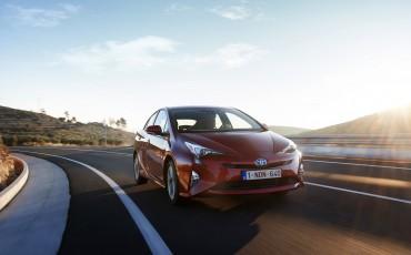 02-Toyota-verkoopt-wereldwijd-ruim-10-miljoen-hybride-autos