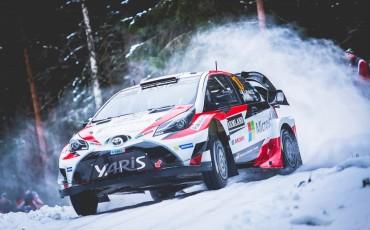 03-Toyota-Yaris-WRC-wint-de-Rally-van-Zweden