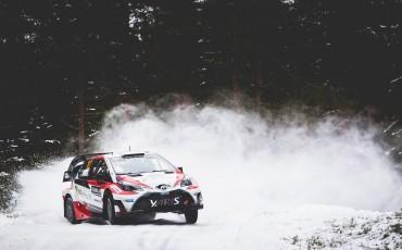 04-Toyota-Yaris-WRC-wint-de-Rally-van-Zweden