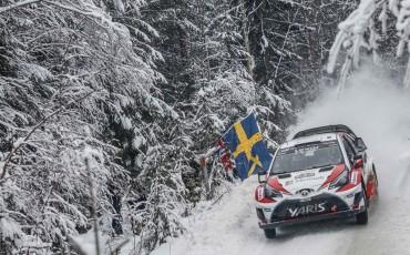 05-Toyota-Yaris-WRC-wint-de-Rally-van-Zweden