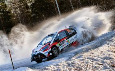 08-Toyota-Yaris-WRC-wint-de-Rally-van-Zweden