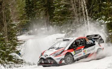 13-Toyota-Yaris-WRC-wint-de-Rally-van-Zweden
