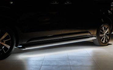 10-Toyota-PROACE-Black-Platinum