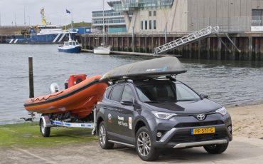 03-Toyota-RAV4-voor-Olympisch-kampioene-Marit-Bouwmeester