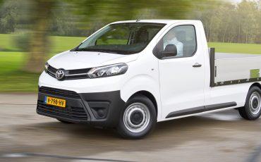 Toyota introduceert nieuwe PROACE Truck