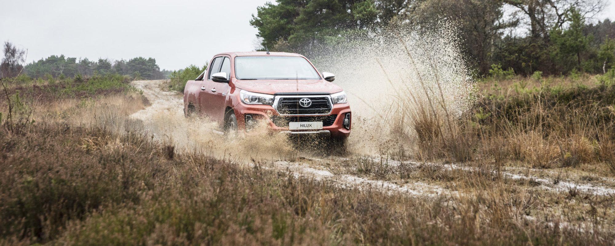 Toyota introduceert nieuwe extra stoere variant van icoon Hilux