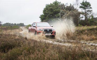 01-Toyota-introduceert-nieuwe-extra-stoere-variant-van-icoon-Hilux