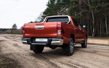 05-Toyota-introduceert-nieuwe-extra-stoere-variant-van-icoon-Hilux