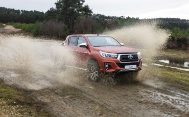 06-Toyota-introduceert-nieuwe-extra-stoere-variant-van-icoon-Hilux