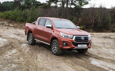 13-Toyota-introduceert-nieuwe-extra-stoere-variant-van-icoon-Hilux