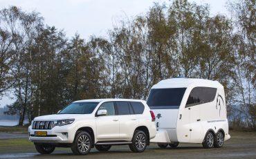 04-Toyota-realiseert-ruim-35-procent-groei-in-bedrijfswagenmarkt-Land-Cruiser