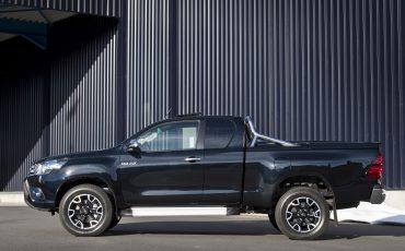 07-Toyota-realiseert-ruim-35-procent-groei-in-bedrijfswagenmarkt-Hillux-Fifty