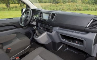 08-Toyota-realiseert-ruim-35-procent-groei-in-bedrijfswagenmarkt-PROACE