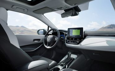 03-Stijlvolle-Toyota-Corolla-Touring-Sports-debuteert-op-Autosalon-van-Parijs