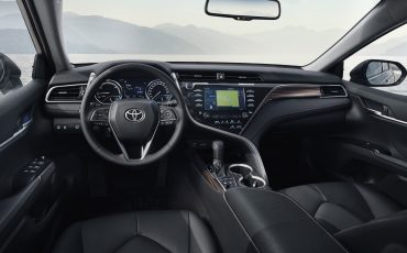 04-Toyota-Camry-Hybrid-Paris-Motor-Show-2018
