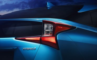 03-Vernieuwde-Toyota-Prius-op-Los-Angeles-Motor-Show
