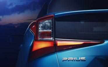 04-Vernieuwde-Toyota-Prius-op-Los-Angeles-Motor-Show