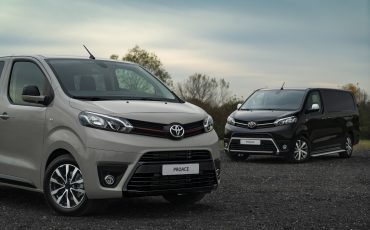 01-Toyota-PROACE-Grey-Platinum