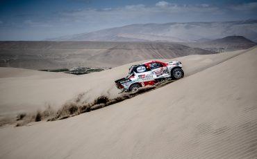 11-Bernhard-ten-Brinke-terug-in-top-10-na-echte-Dakar-dag