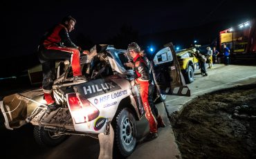 Teamspirit-houdt-Bernhard-ten-Brinke-in-Dakar-Rally-03