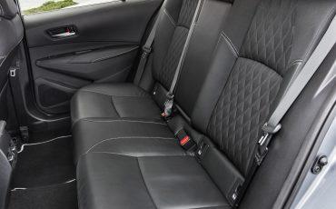 07-Toyota-Corolla-Sedan-1_8L_Grey