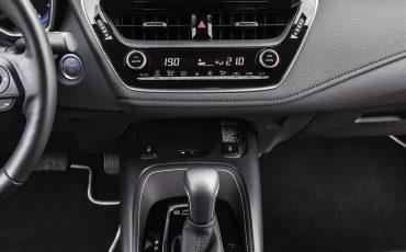 08-Toyota-Corolla-Sedan-1_8L_Grey