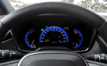 08-Toyota-Corolla-TS-1_8L_Platinum