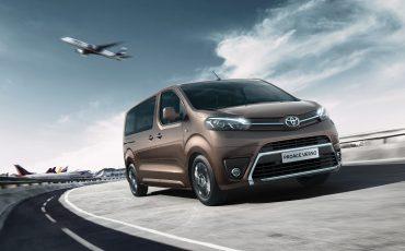 Toyota-introduceert-PROACE-met-nieuwe-aandrijflijn-2_0-D-4D-motor-met-90-kW122-pk-en-8-trapsautomaat-00