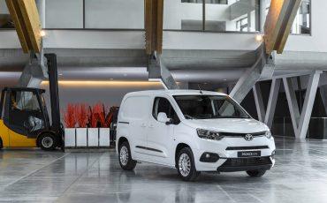 00_Toyota-met-nieuwe-PROACE-CITY-nu-ook-actief-in-segment-compacte-bestelwagen