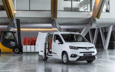 01_Toyota-met-nieuwe-PROACE-CITY-nu-ook-actief-in-segment-compacte-bestelwagen