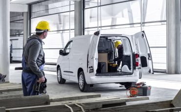 02_Toyota-met-nieuwe-PROACE-CITY-nu-ook-actief-in-segment-compacte-bestelwagen