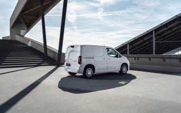 05_Toyota-met-nieuwe-PROACE-CITY-nu-ook-actief-in-segment-compacte-bestelwagen