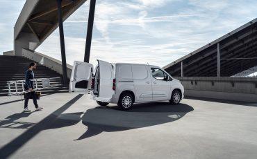 06_Toyota-met-nieuwe-PROACE-CITY-nu-ook-actief-in-segment-compacte-bestelwagen