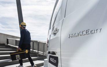 07_Toyota-met-nieuwe-PROACE-CITY-nu-ook-actief-in-segment-compacte-bestelwagen