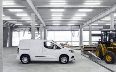 09_Toyota-met-nieuwe-PROACE-CITY-nu-ook-actief-in-segment-compacte-bestelwagen