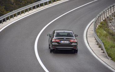 33_Toyota-introduceert-de-nieuwe-Camry-Hybrid