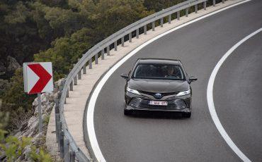34_Toyota-introduceert-de-nieuwe-Camry-Hybrid