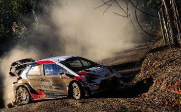 04-Toyota-GAZOO-Racing-wint-Rally-van-Chili