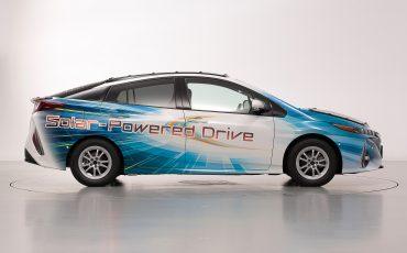 05-Toyota-test-deels-op-zonne-energie-rijdende-Prius