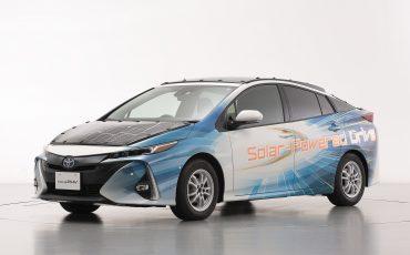 06-Toyota-test-deels-op-zonne-energie-rijdende-Prius