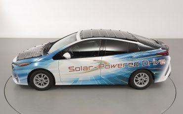 10-Toyota-test-deels-op-zonne-energie-rijdende-Prius