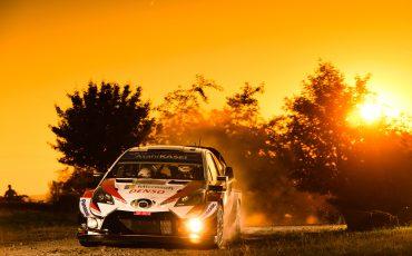 Toyota-GAZOO-Racing-pakt-1-2-3-overwinning-in-Rally-van-Duitsland-4
